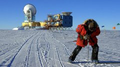 Антарктида е единствената част на Земята, която не е под контрола на никоя държава, но всеки дърпа чергата