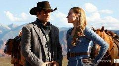 Джеймс Марсдън и  Евън Рейчъл Ууд в новия сериал на HBO Westworld