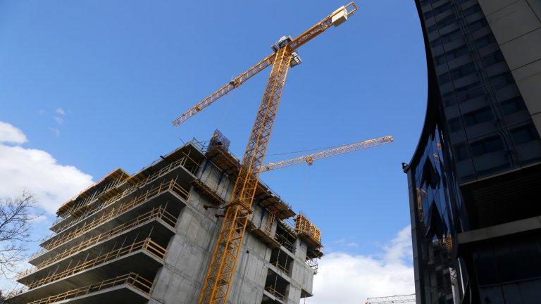 Спряха строежа на небостъргача в центъра на София, за който проверяваха Банов