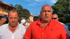 Лидерът на ГЕРБ изнесе гневна тирада от село Бата, Поморийско, обвинявайки служебното правителство в саморазправа