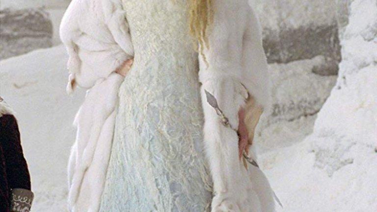 """Тилда Суинтън в """"Хрониките на Нарния: Лъвът, Вещицата и Дрешникът"""""""