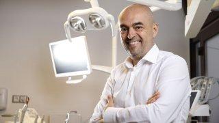 Разговор за Dental Care Center и красивата и свежа усмивка с д-р Бранимир Кирилов