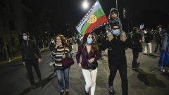 """""""Гражданите и демокрацията триумфираха"""", каза чилийският президент Себастиан Пинера на фона на масовите тържества по улиците"""