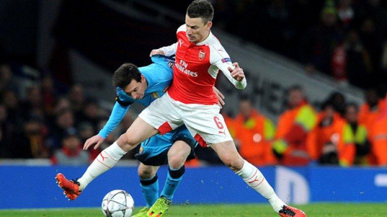 Вероятно Кошчелни повече никога няма да сложи капитанската лента като играч на Арсенал.