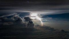 Сантяго Боржа снима незабравими гледки от пилотската кабина