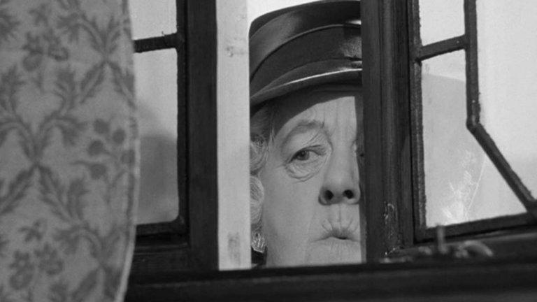 """""""Убийство в """"Галоп""""  Една много стара класика от серията за мис Марпъл. """"Убийството в """"Галоп"""" от 1963-а адаптира романа на Кристи от 1952-а """"След погребението"""". Този филм си позволява да е мине към леката комедия и разказва случай, в който Мис Марпъл е въвлечена в случай с мъртъв богаташ, чиято сестра вярва, че той е убит, а не е умрял от естествена смърт. Маргарет Ръдърфорд играе Мис Марпъл за втори път в кариерата си, след като ѝ дава живот във филма """"Убийство, каза тя""""."""