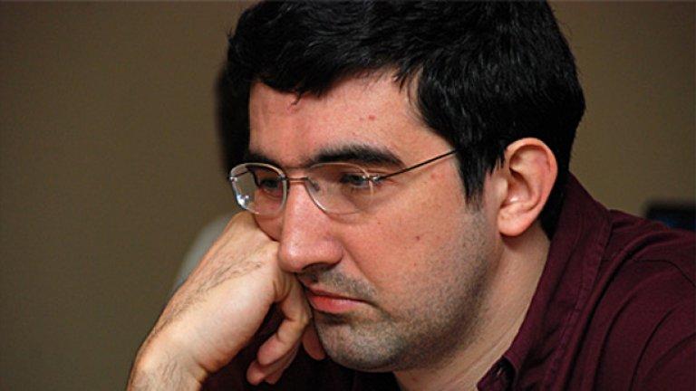 Владимир Крамник обвини ФИДЕ, че е нарушила правилата за мача Топалов-Ананд