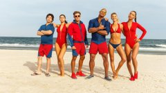 """Помните ли """"Спасители на плажа""""? Е, завръщат се  Гледайте първия трейлър с български субтитри"""