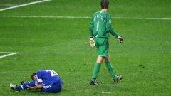 Всички помнят подхлъзването на Джон Тери, но всъщност спасяването на Ван дер Сар срещу Анелка донесе трофея на Манчестър Юнайтед