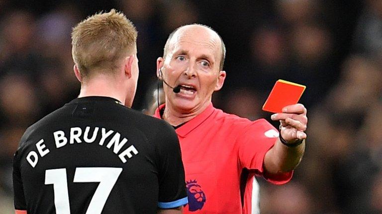 Във Висшата лига ще наказват умишленото кашляне с червен картон