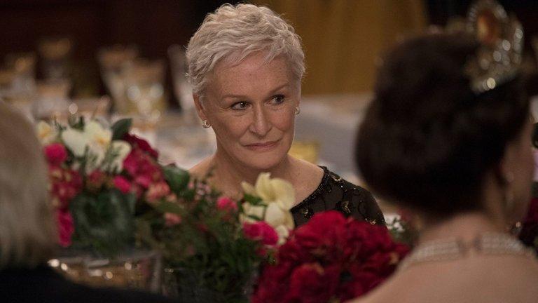 """Фаворит за най-добра главна женска роля: Глен Клоуз (""""The Wife"""")  Шест може да се окаже късметлийското число за Клоуз, която чак на шестата си номинация за """"Оскар"""" да се сдобие с така жадуваната награда. Поне такива са очакванията на букмейкърите. Най-малко вероятна е победа за Мелиса Маккарти (""""Can you ever forgive me"""")."""