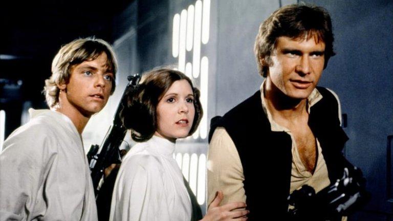 """Хамил, Фишър и Форд в сцена от """"Междузвездни войни: Епизод 4 - Нова надежда"""", първият филм от франчайза."""