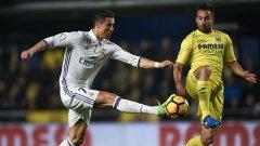 Роналдо направи пропуски, но отбеляза дузпата, с която Реал изравни за 2:2