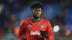 Арсенал вече преговаря с халф на Атлетико