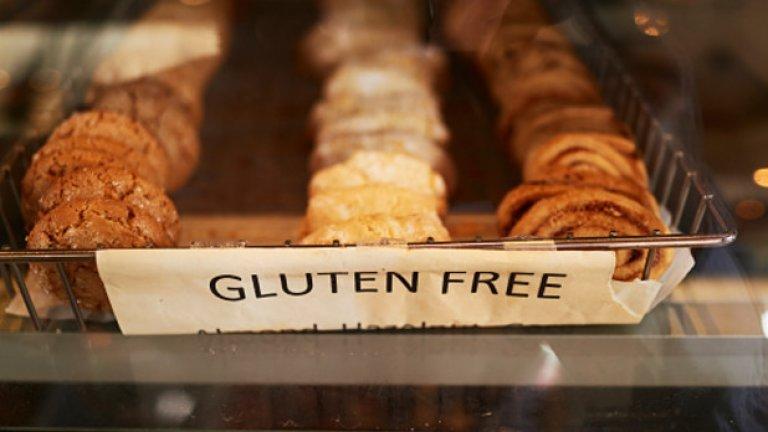 Безглутенов хляб  Освен ако не сред онзи 1% от хората, които страдат от глутенова ентеропатия или непоносимост към глутен, нищо не ви пречи да хапвате хляб от пшенично брашно - той няма да има негативни ефекти върху здравето ви.   Изследванията показват, че след ядене повечето хора изпитват леко подуване и натрупване на газове - независимо дали консумират пшеница или не. Така че - без паника.
