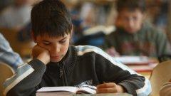 Българските ученици имат най-къси часове и най-дълга ваканция