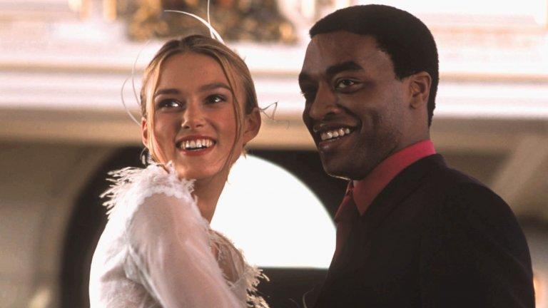 """Кийра Найтли в кадър от коледната романтична комедия """"Наистина любов"""". Там тя е Джулиет, обект на любовта на мъж, когото тя смята за гей"""