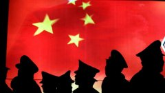 Китай не може да предложи алтернатива на европейската интеграция, общия пазар, свободната търговия и движение на хора. Не може да се сравнява с ефектите от вътрешноевропейските инвестиционни програми. Но присъствието на Пекин в региона е нещо ново. Китай е богат, вдъхва оптимизъм за бъдещето и пробива във всички ниши, които Брюксел е отворил между очакванията и реалността.