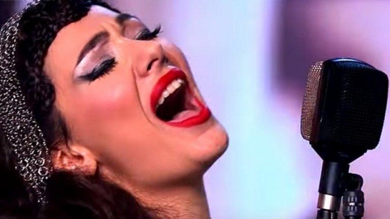 Саня е трябвало да стане фолк певица. Поне така са искали нейните родители и искрено се радваме, че не са се оказали прави