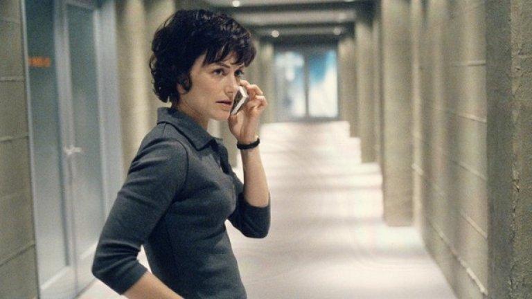 """Нина Майерс – """"24""""  Сред всички брутални убийци и терористи в сериала """"24"""", Нина Майерс беше в своя собствена категория. Тя успя да заблуди главния герой Джак Бауър, да убие жена му и да се окаже двоен агент, отговорен за смъртта на още хора. Когато Бауър най-сетне я застреля в трети сезон, чувството беше на закъсняло, но сладко отмъщение."""
