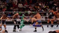 Мащабното шоу на WWE в Саудитска Арабия включваше мач с 50 мъже за развлечение на богатите мъже в публиката. На ринга обаче не се появи нито една жена по искане на домакините, което донесе критики на американската компания.