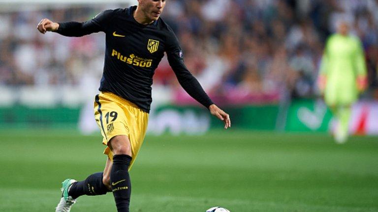 9. Люка Ернандес, защитник – от Атлетико Мадрид в Байерн Мюнхен, 80 млн. евро Защитата на баварците ще разполага с двама световни шампиони от следващия сезон. Както Павар, така и Ернандес може да играе и като централен бранител, и като бек. Но докато Павар е ползван отдясно, Люка ще оперира от лявата страна на защитата.