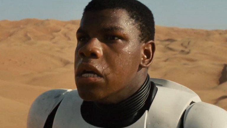 """Главната роля за тъмнокож актьор - тази на Джон Бойега в """"Междузвездни войни: Силата се пробужда"""" - също доведе до остри реакции в интернет и расистки коментари."""