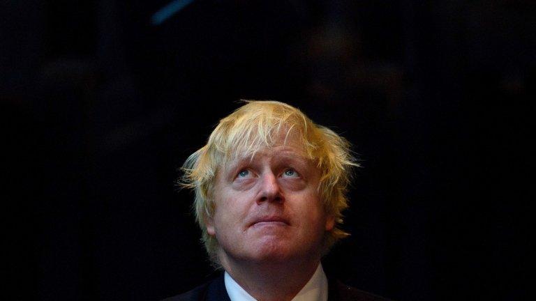 Британският премиер отрича всички обвинения