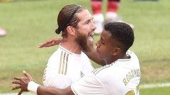 Отново ВАР и отново дузпа: Реал не се спира по пътя към голямата цел