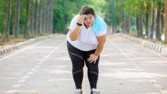 Някои обясняват вредния си навик с оправданието, че като спрат цигарите, наддават килограми.