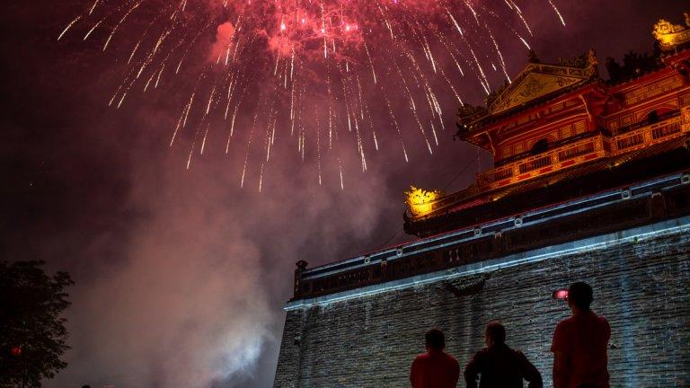 Светът посрещна Китайската Нова година на фона на новините за новия коронавирус