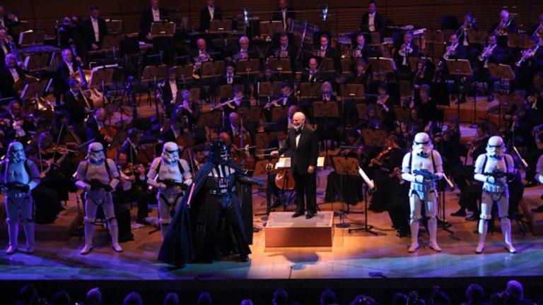 """Композиторът Джон Уилямс е съвременникът, който има най-много номинации за """"Оскар"""" - цели 51. Първата му номинация е от 1967 г., а последната - от тази година за музиката към """"Междузвездни войни - Последните джедаи""""."""