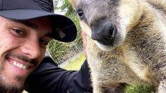 Като малък му откриха рак на костите, в Австралия работеше на строеж, а сега мечтае за Премиършип