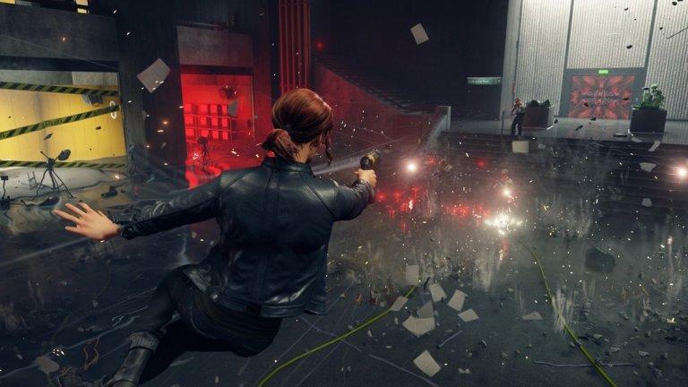 Control  PC, PS4, Xbox One 27 август  Майсторите на заплетените трилъри Remedy ще заредят лятото с комбинация от свръхестествена история и екшън от трето лице. Control е разказ за Джеси Фадън, която се присъединява към Федералното бюро за контрол, за да научи повече за своите необичайни умения. Сюрреалистичната атмосфера напомня както за миналите игри на финландците, така и за холивудски филми като Inception. Изглежда, че самите нива могат да се променят като жив организъм, който понякога помага, а друг път пречи на героинята ви. Причината за този феномен е това, че щабквартирата на Бюрото има неканен посетител - смъртоносен враг, който може да подменя реалността около вас. Играта използва енджина Northlight, който видяхме за пръв път в предната Quantum Break. Дизайнът на нивата в централата – огромен небостъргач, наречен The Oldest House - е с отворен характер и може да се връщате към места, които преди това са били недостъпни за вас, след като придобиете нови умения.