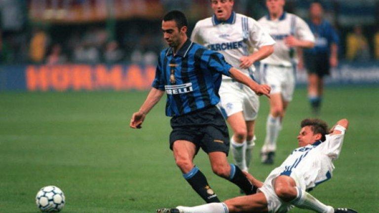 Юри Джоркаеф от Интер (1996-1999 г.) в Кайзерслаутерн, 1,5 млн. евро Джоркаеф изкара страхотни три години в Интер, печелейки и Купата на УЕФА през 1998-а. Считаше се, че на 31 години е добро време Джоркаеф да се раздели с Интер. След това обаче изигра три сезона в Кайзерслаутерн и дори стигна до Висшата лига с екипа на Болтън.