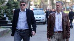 """Стойчо Стоилов и Пламен Марков - двама от шефовете на """"армейците"""" - са изненадани от постъпката на Пенев."""