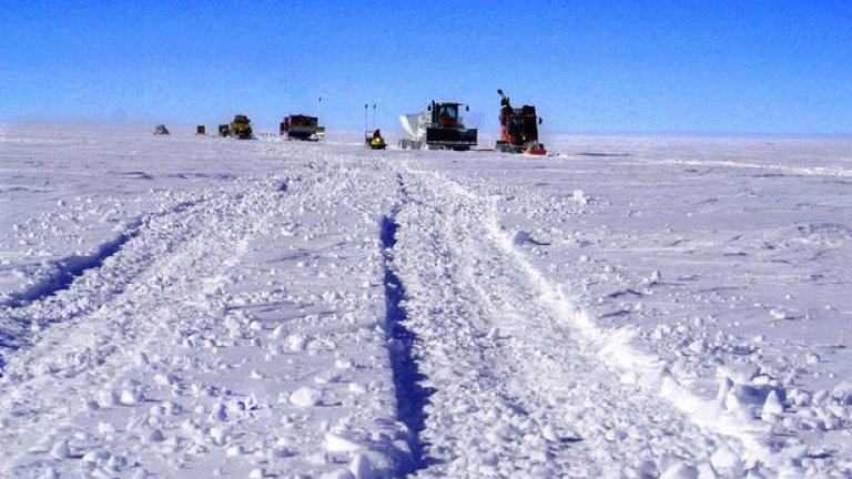 Защо всички искат парче от Антарктида