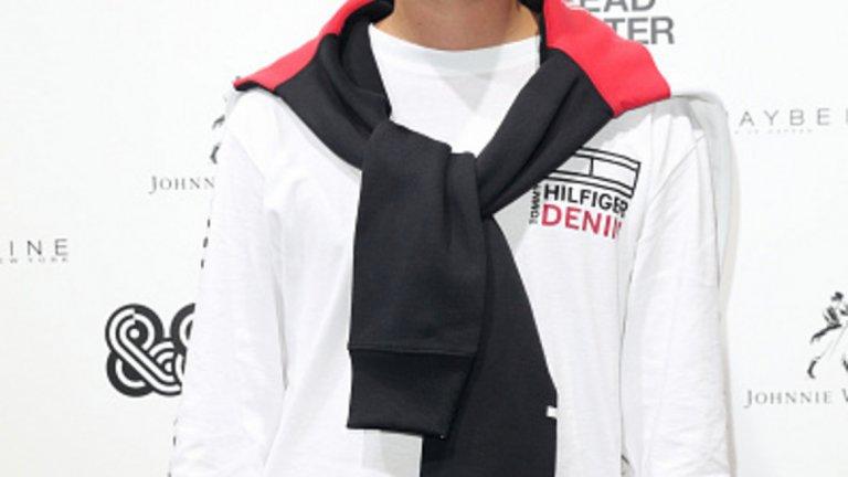 Рафърти, син на Джъд Лоу   Рафърти се изявява едновременно като модел и като музикант. Негов е проектът за независим лейбъл – Someone to Hate on. Има 33 хил. последователи в Instagram,  а сестра му Ирис също се пробва като модел.