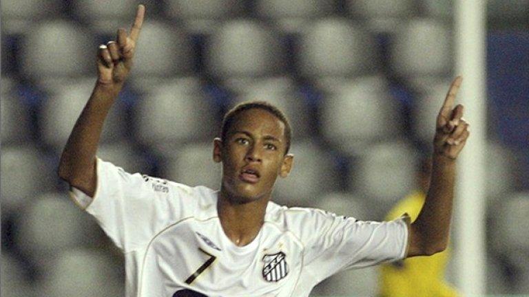 Бразилският гранд Сантос е големият фаворит преди четвъртфиналите в Копа Либертадорес, а младият нападател Неймар е звездата на отбора