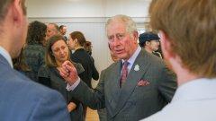 Кралското семейство обаче ще продължи да спазва социална дистанция