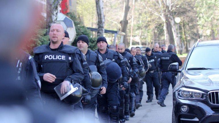 """Създават ново супер звено в МВР - """"Жандармерия, специални операции и борба с тероризма"""""""