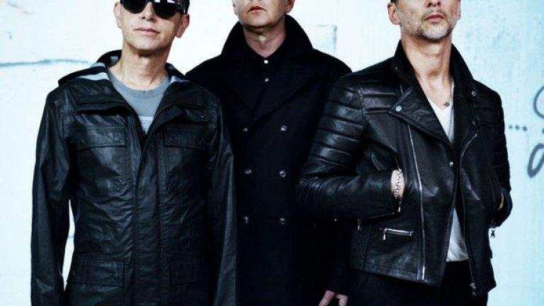 Depeche Mode винаги са били повече от колежанска радио сензация на 80-те. На всеки няколко години групата издава албум. Тъкмо приключиха концерта си през 2013 година покрай албума Delta Machine и пак започнаха концерти в Европа. Depeche e от групите, които никога няма да се разпаднат... Дано!