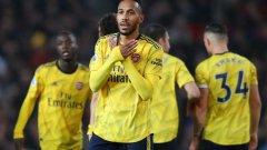 В пореден мач Обамеянг дочака единствения си шанс, за да се разпише и да осигури точката на Арсенал