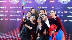 """Арменската група Genealogy, създадена специално за участието на Евровизия 2015, се класира с песен, посветена на Геноцида от 1915 г. Заради политическото послание  """"аполитичната"""" Евровизия препоръча смяна на заглавието. Вижте още от участниците в конкурса (Галерия)"""
