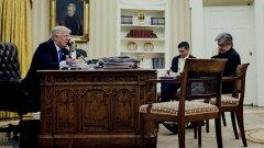 Първият избраник на Тръмп за ключовия пост в президентската администрация Майкъл Флин издържа на служба едва 24 дни