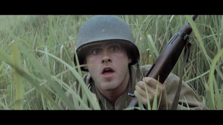Тънка червена линия (1998)  Във филма се появяват Ейдриън Броуди, Джаред Лето, Миранда Ото, Тим Блейк Нелсън, Джон Райли, Томас Джейн, Джим Кавийзъл