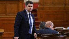 Депутатите и министрите остават без заплати до края на извънредното положение