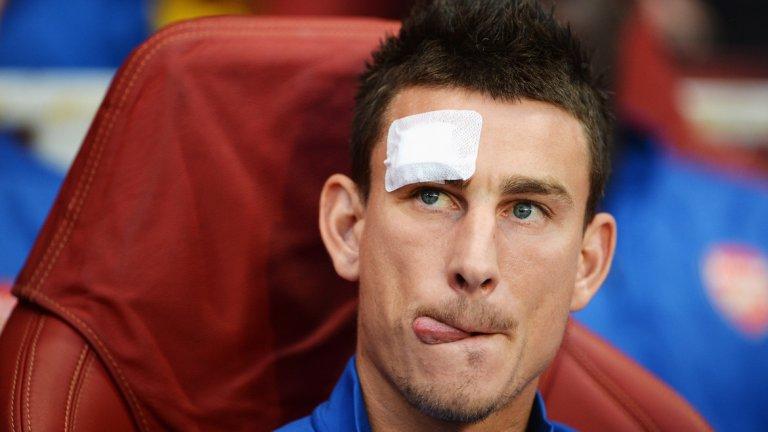 Проблемът с Кошчелни дойде изневиделица, но всъщност с капитаните на Арсенал вече редовно се случват неприятни неща. Ето примерите от последните години