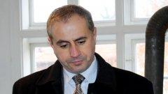 Пита ли, пита избирателите си кметът на Кюстендил Петър Паунов...