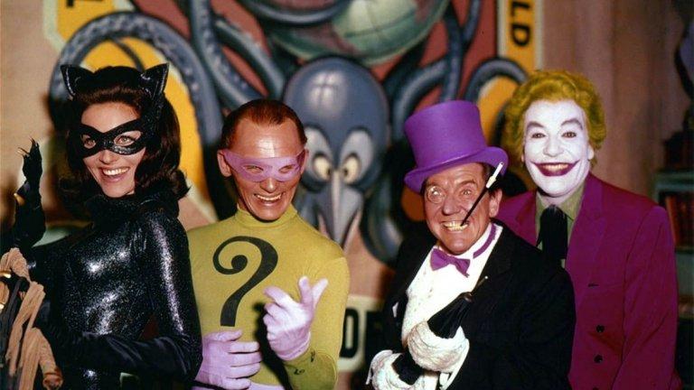 """Лий Мериуедър (""""Батман"""", 1966 г.)  Малко след края на първи сезон на сериала Batman по кината се появява и филм по него, познат и като Batman: The Movie. Тъй като Нюмар по това време има други ангажименти, ролята във филма поема актрисата Лий Мериуедър."""